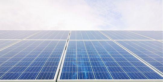 Fertiggaragen für Umweltbewusste mit Solaranlage fürs E-Auto